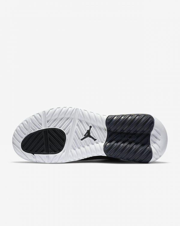 jordan-max-200-shoe-GZgl5m (1)